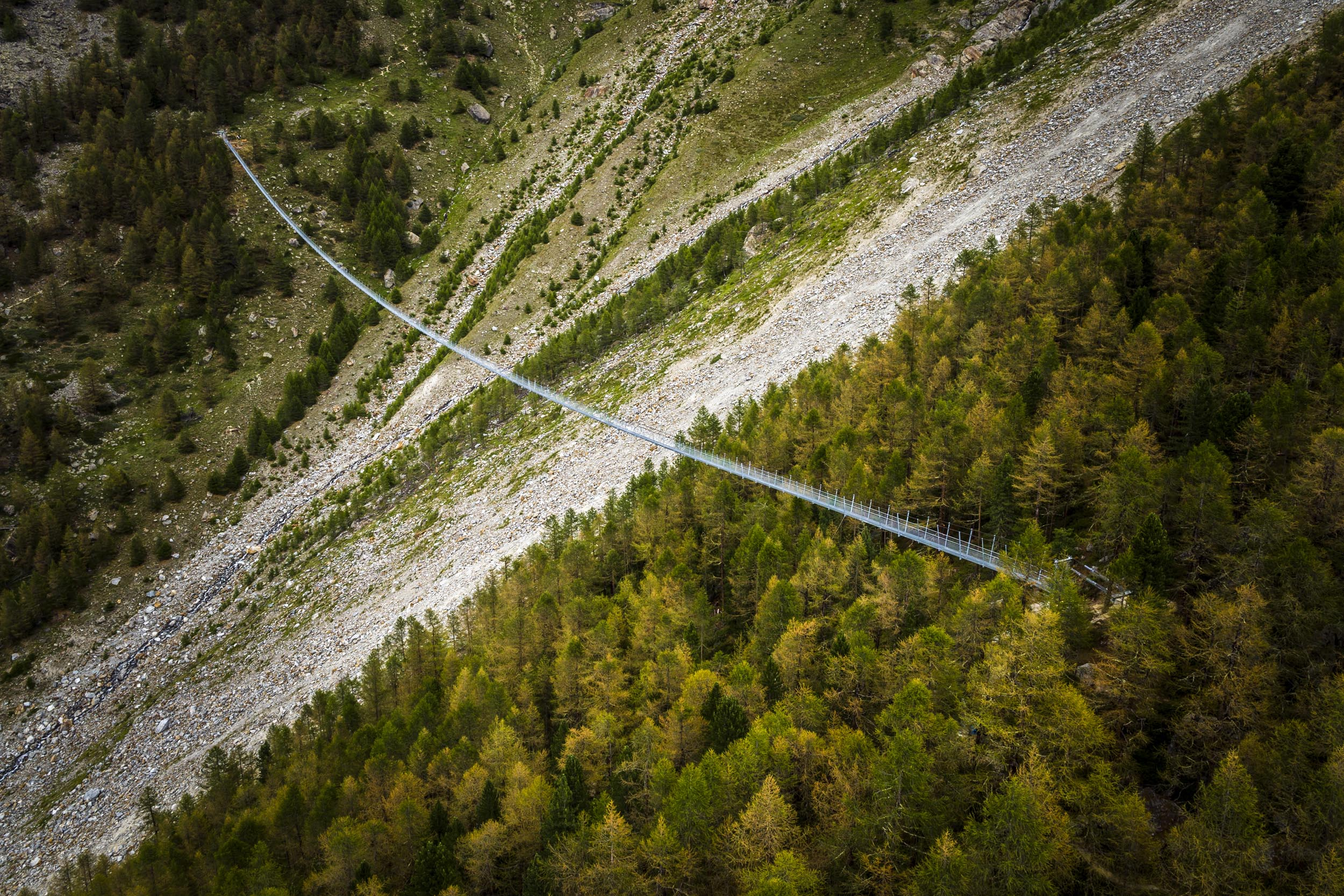 Hängebrücke-Randa-by-Valentin-Flauraud-7